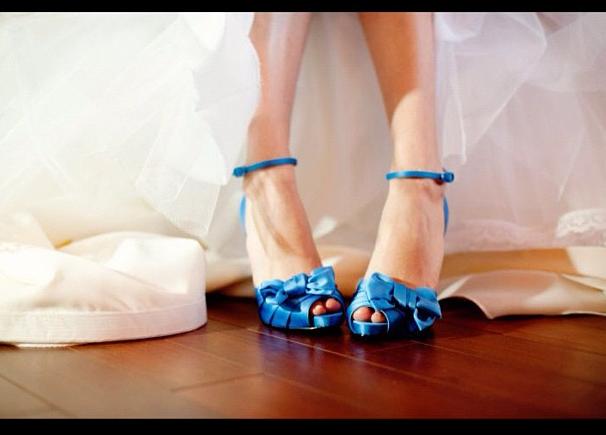 ideias para casamento sapato azul 2