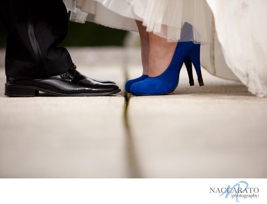 ideias para casamento sapato azul