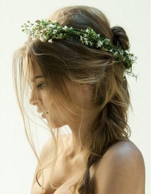penteado para noiva com tiara