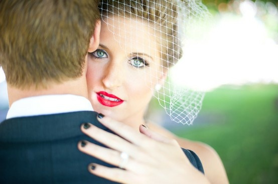 Unha Escura - Dicas de casamento | Noivinhaemfolha